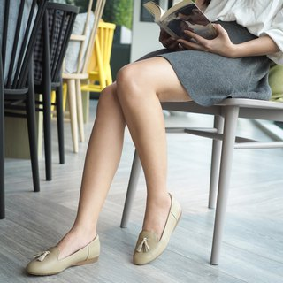 RIZA ; Easy Going Loafer, Genuine Leather with Arch Support (Nude)
