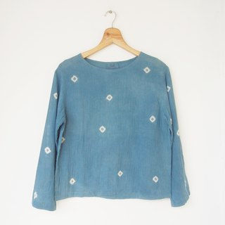 Polka dot natural indigo dye long-sleeve shirt - made of 100% cotton