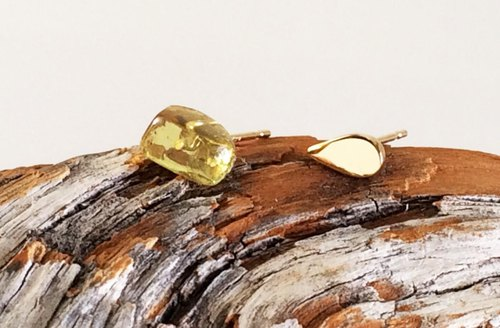 Amber + K14 stud earrings