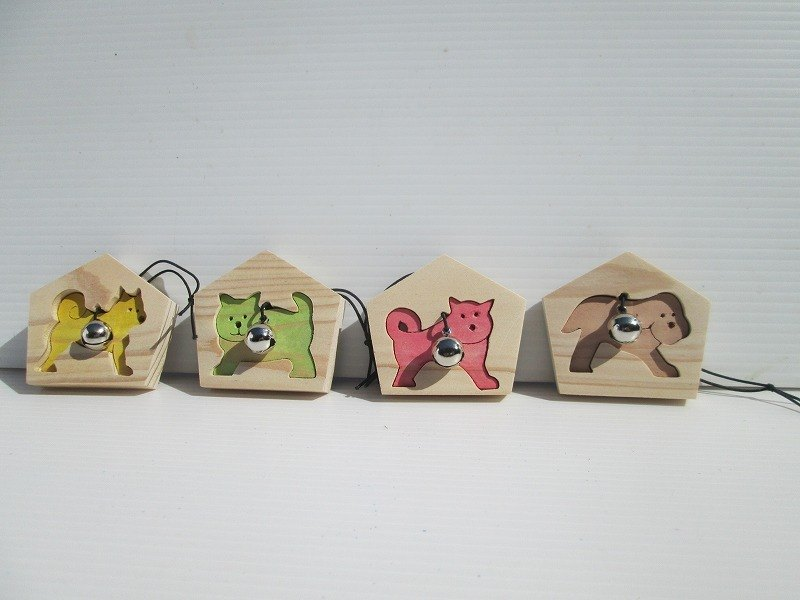 Please select one dog's dummy ema and let us know. Brown, Red, Green, Yellow, Candidate 擇 One piece, Sorry to bother you. Tea, Red, Blue, Huang, Postage Japan 200 yen foreign countries 220 yen
