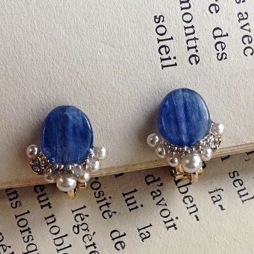 16kgp Kyanite and Swarovski's Oval Ear Clip ★ 16kgp kyanite and Swarovski Oval ear clip * Mimi夾 * zm-05e