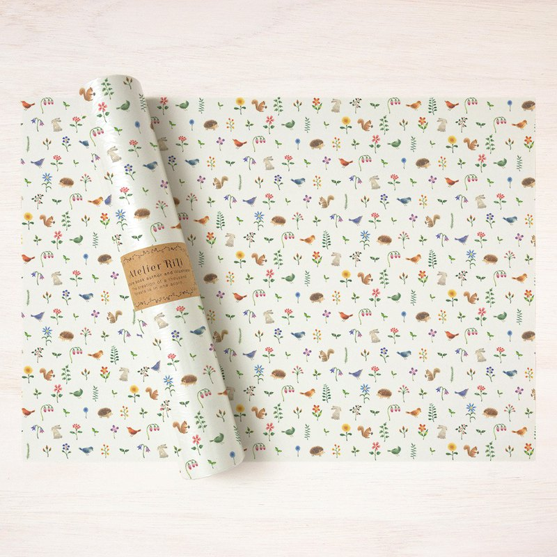 "6 pieces set. Wrapping paper A3 ""Animals and flowers"" WP-A392"