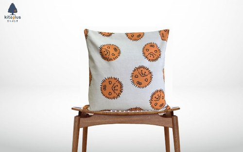Forest cushion Hedgehogs