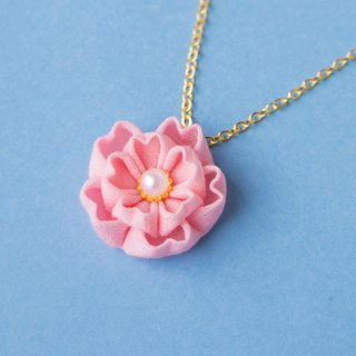 Double cherry blossom necklace knife