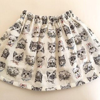 Mama and Matching * Gather Skirt of Fluffy Double Gauze * Spoof Cat Pattern * Parent and Child * Off White