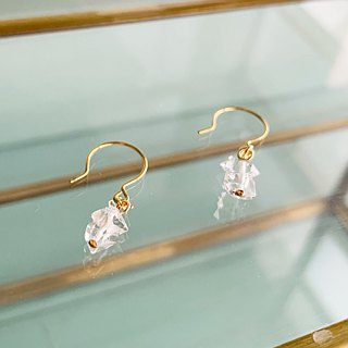Herkimer's diamond · one pierced earring / earring