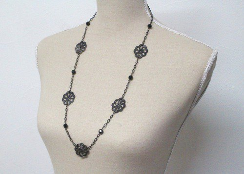 Urushi and Onyx Long Necklace 7