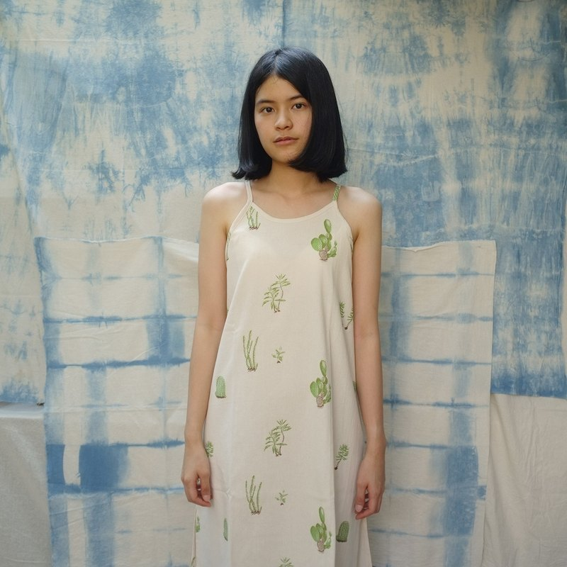 linnil: Cactus maxi dress - limited printed on 100% cotton