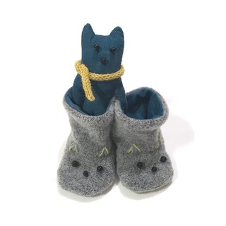 babygift   Baby booties of the cat   Gray