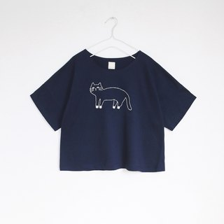 white socks cat t-shirt : navy