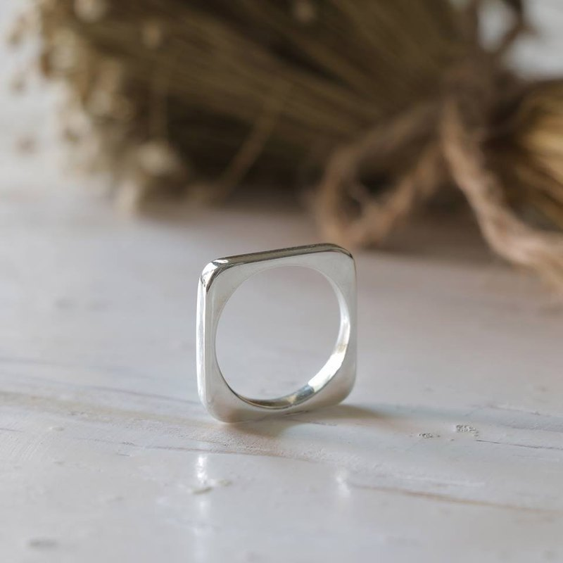 square ring minimal girl Geometry lady women silver urban chic stacking modern
