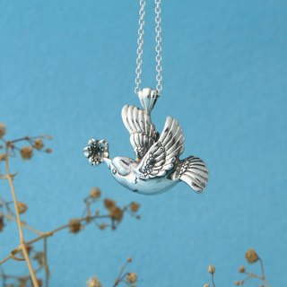 My Sweetie 手作纯银项链 / 春鸟 / 衔樱花报春 / handmade silver necklace spring bird with cherry blossom