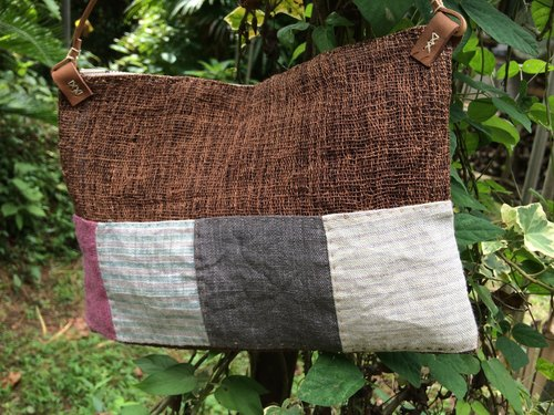 Hand-woven hemp persimmon shoulder bag I
