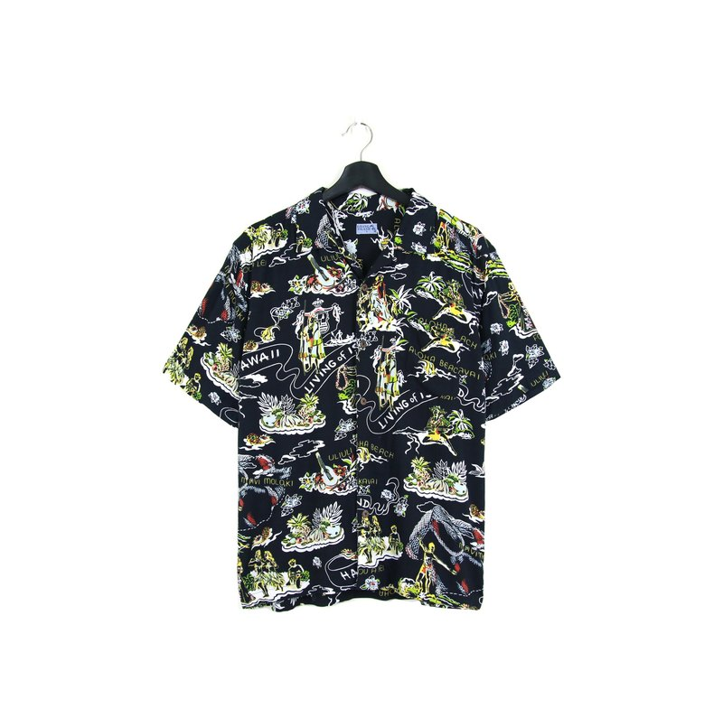 Back to Green:: 风情 //男女皆可穿// vintage Hawaii Shirts (H-39)