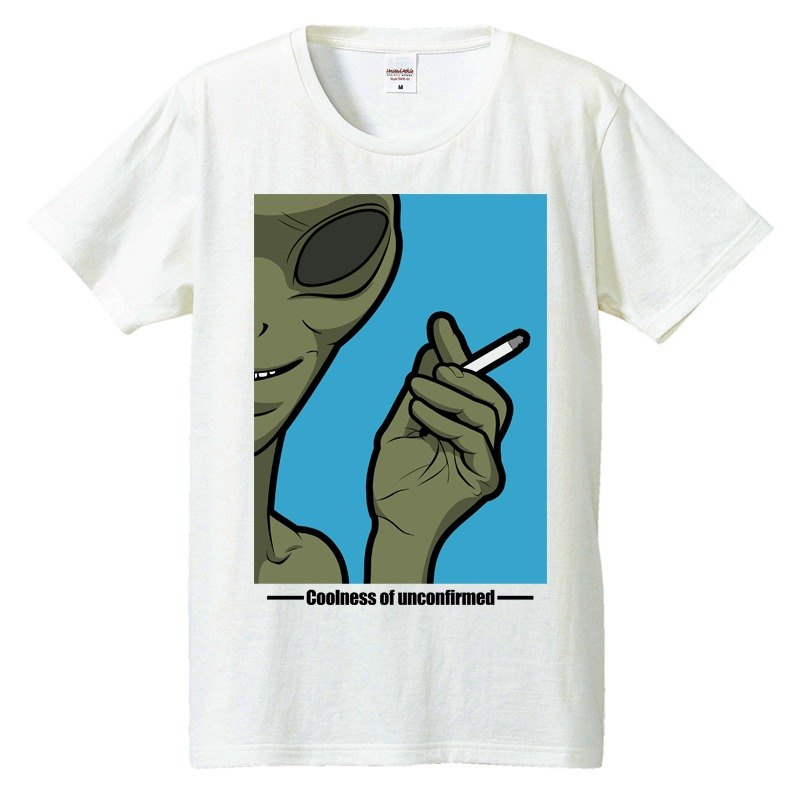 [T-shirt] alien Cigarette