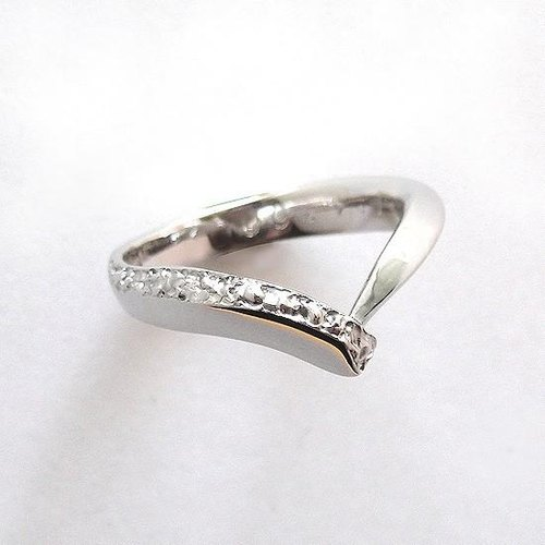V shaped pattern ring ■ Free shipping ■