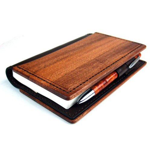 Almost daily notebook cover made of wood and leather