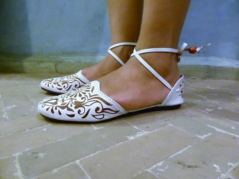 Carving design leather sandals * White 36