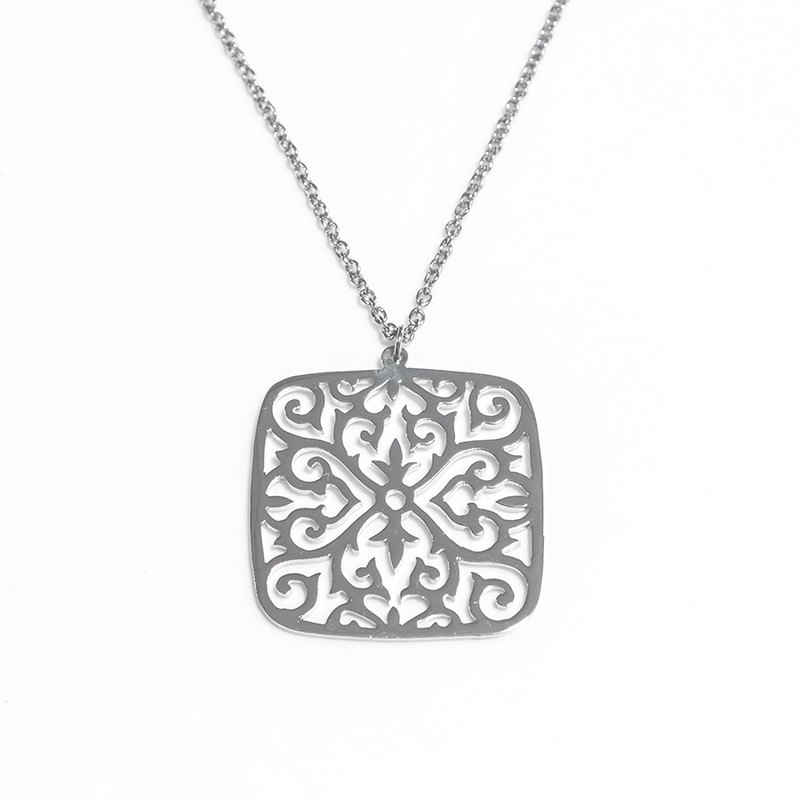 Decorative pattern in square shape pendant