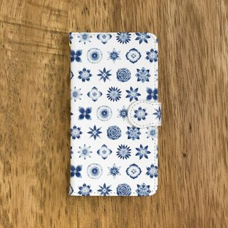 "One navy blue one. Handbook type smart case ""Dark blue flower pattern"" TSC-190"