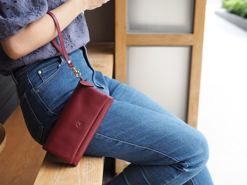Mousse wallet (Burgundy): Long wallet, cow leather wallet, dark red