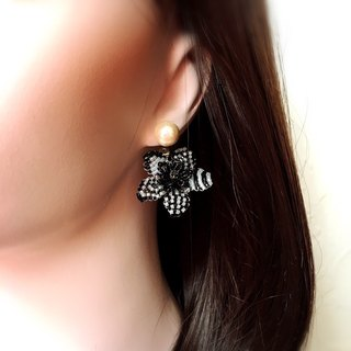 【Order Production】 5 monotone earring catch ~ Flower of Monochrome ~ one ear