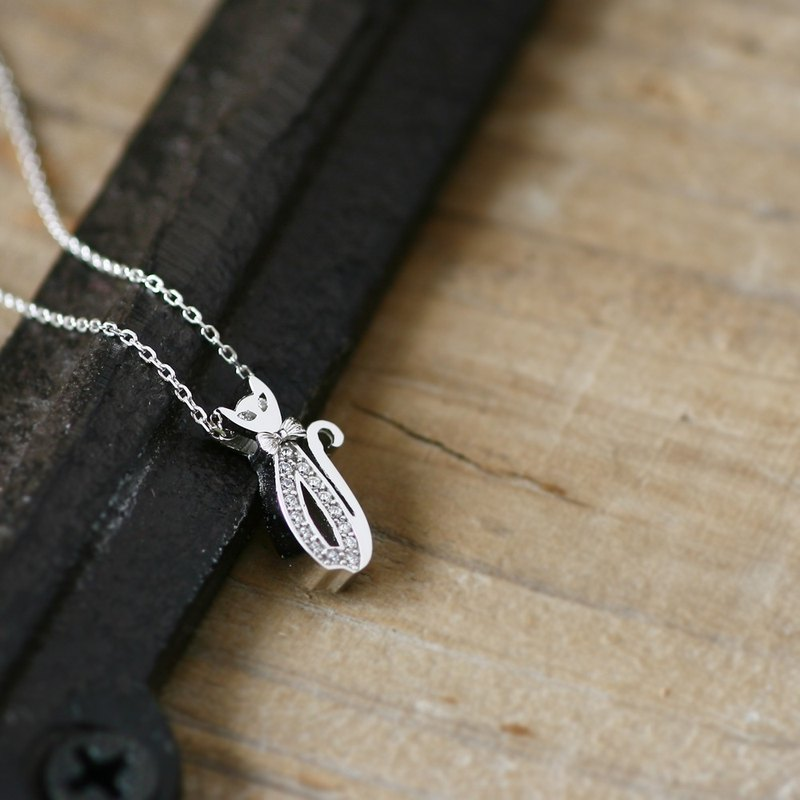Ribbon Cat necklace Silver925