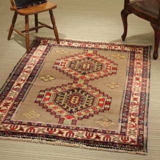 Handmade wool carpet traditional design rug 170 × 128cm