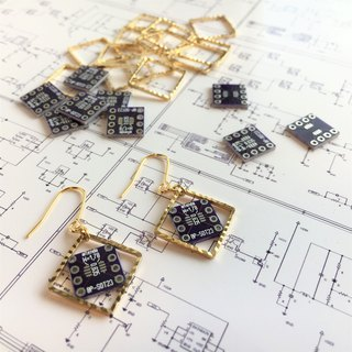 【Electronic parts】 Violet PCB (non-beads) Earrings