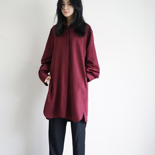 Oversized Shirt (dark reddish purple)