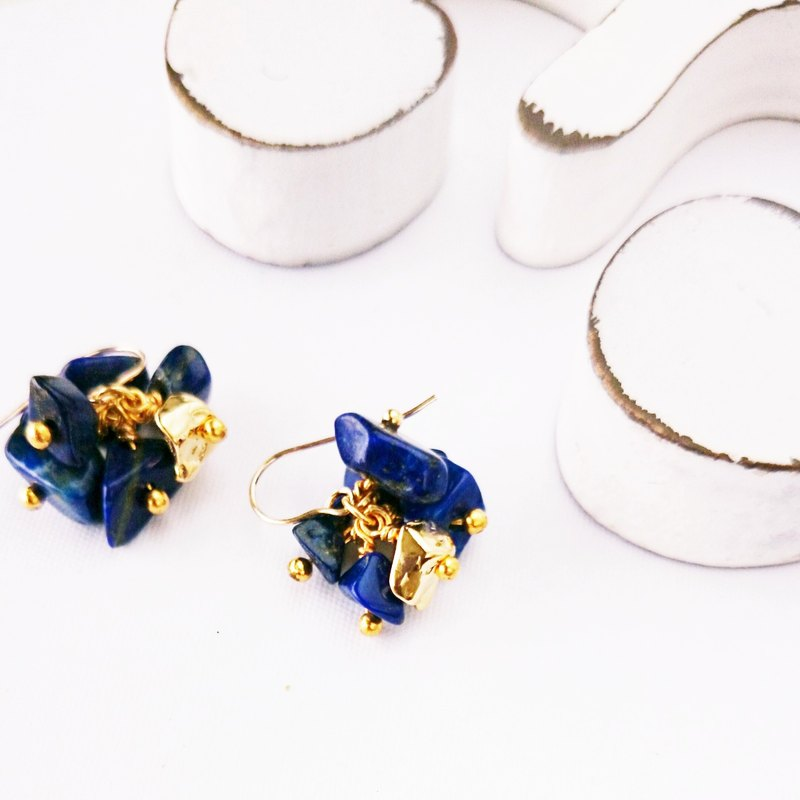 14kgf * Lapislazuli gold accented pierce / earring
