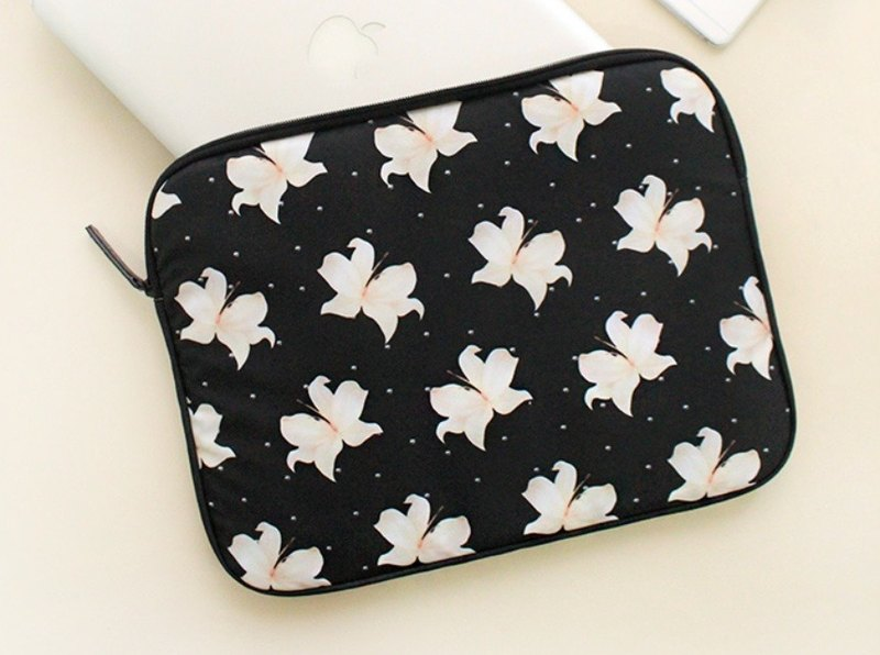 With Alice / 13inch pouch_Lily