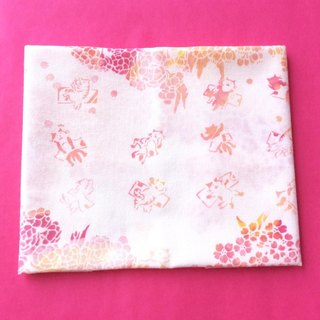 "Hand-made dye towel ""Sakura Nekomata Snow"""