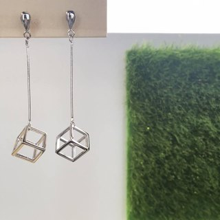 925纯银立方体吊咀耳环 925 Sliver Dropped Cube Earrings
