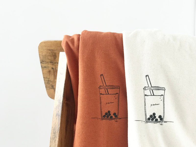 Tapioca milk tea / long sleeve T-shirt / autumn orange
