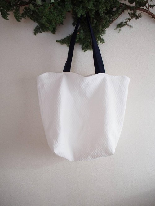 snow quilt -tote-