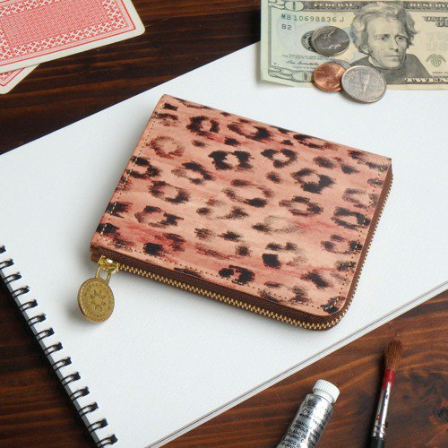L-shaped zipper wallet / tegaki leopard ILL-1157