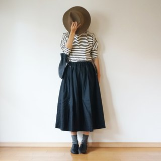 French Linen tuck skirt ladies BLACK