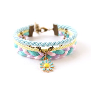 Blue-yellow flower layered bracelet in light mint / young corn / lavender