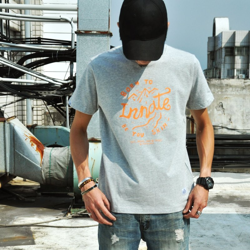 【 INNATE 】Mountain 短 Tee - 灰色