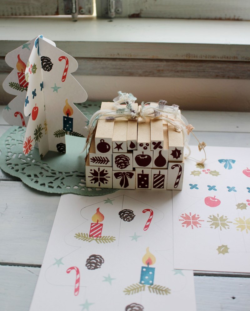 Winter petit stamp set Tree with card