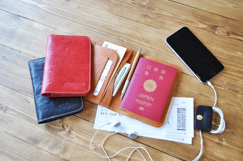 [Short type] Genuine leather passport holder Tochigi leather 3 colors