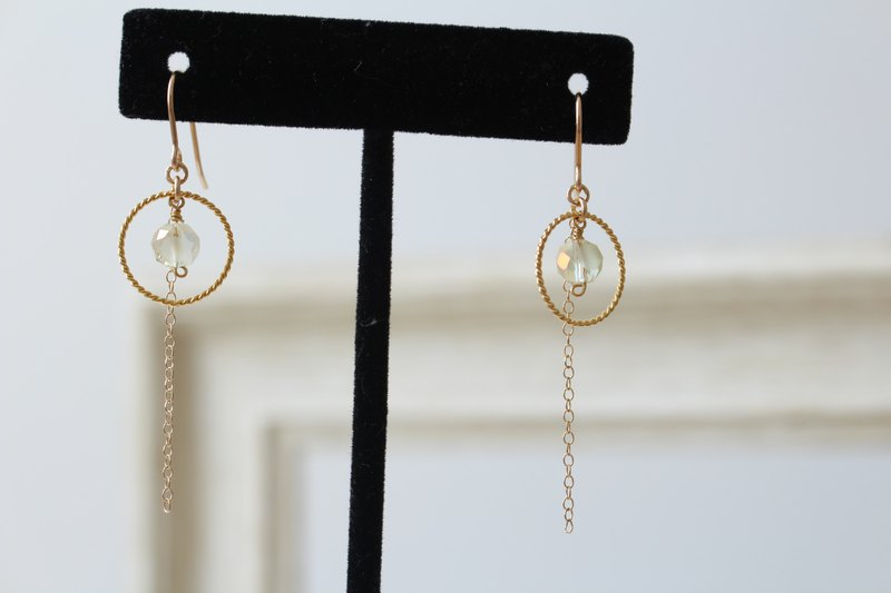 Citrine yellow glass beads, twisted hoops and 14kgf chains dangled earrings