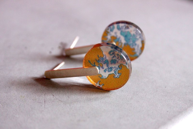 The Sea v3 - Sterling Silver Ear studs with Sea pattern - blue, mustard yellow