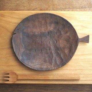 Wood plate of fish 160