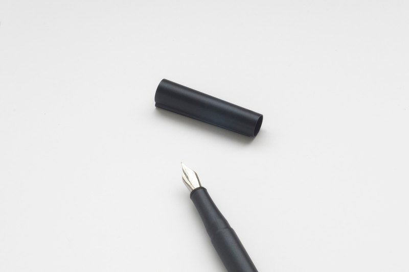 ORIGIN: FOUNTAIN PEN (Inky Black)-F