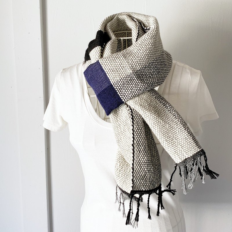 "Unisex hand-woven scarf ""Pink and White Mix 5"""
