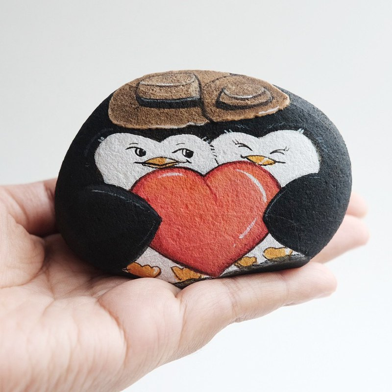 Penguin couple stone painting,valentine gift,