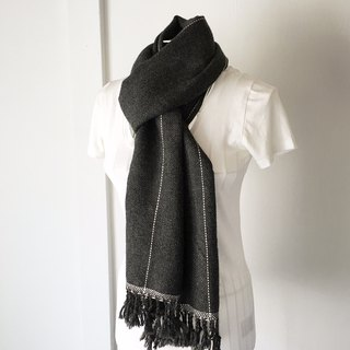 "Unisex hand-woven scarf ""Dark Gray and White lines"""