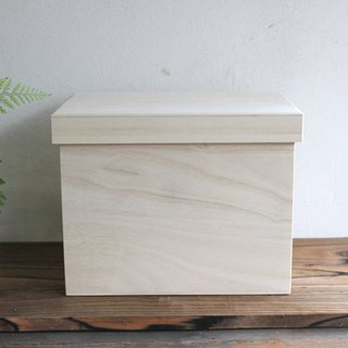 Bread box Solid color 1.5 loaf Fashionable Storage box made in Japan wood